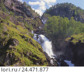Купить «Norway, Hordaland, Odda, Latefoss, waterfall, Europe, Northern, Europe, Kongeriket Norge, Südwestnorwegen, southwest Norway, mountains, nature, vegetation, water, place of interest», фото № 24471877, снято 26 октября 2005 г. (c) mauritius images / Фотобанк Лори