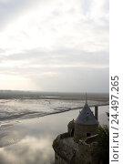 Купить «France, Normandy, Manche, Mont Saint-Michel, castle wall, polder, low tide, mudflat,», фото № 24497265, снято 23 февраля 2018 г. (c) mauritius images / Фотобанк Лори