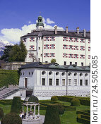 Купить «Austria, Tyrol, Innsbruck, castle ambergris, no property release, town, part town, Middle Ages, place of interest, building, castle building, architecture...», фото № 24505085, снято 17 августа 2009 г. (c) mauritius images / Фотобанк Лори