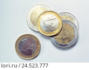 Купить «Money, euro coins, Still life, product photography, cut out, studio, economy, currency, currency unit, single currency, the EU, Europe, means payment, coins, change», фото № 24523777, снято 4 февраля 2002 г. (c) mauritius images / Фотобанк Лори
