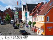 Купить «Germany, Schleswig - Holstein, north frieze country, Husum, Zingel, harbour walk,», фото № 24539681, снято 29 сентября 2009 г. (c) mauritius images / Фотобанк Лори