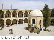 Купить «Cyprus, in Turkish, Nicosia, Büyük Han, cultural centre, inner courtyard, visitor,», фото № 24541433, снято 1 августа 2008 г. (c) mauritius images / Фотобанк Лори