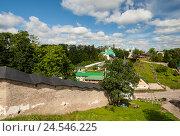 Купить «Свято-Успенский Псково-Печерский монастырь», эксклюзивное фото № 24546225, снято 28 июня 2016 г. (c) Владимир Чинин / Фотобанк Лори