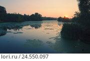 Купить «Летний закат. Река Красивая Меча в Тульской области.», фото № 24550097, снято 29 июля 2016 г. (c) Валерий Боярский / Фотобанк Лори