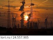 Купить «Germany, North Rhine-Westphalia, Neurath, power station, high-tension circuits, sundown, economy, industry, energy, power supply, power supply lines, power...», фото № 24557905, снято 30 июля 2008 г. (c) mauritius images / Фотобанк Лори