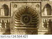 Купить «Egypt, Cairo, Sharia Muizz il dinar Allah, tablespoons Aqmar mosque,», фото № 24564421, снято 15 марта 2010 г. (c) mauritius images / Фотобанк Лори