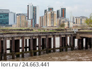 Купить «UK, London, North Greenwich, view Docklands,», фото № 24663441, снято 19 августа 2018 г. (c) mauritius images / Фотобанк Лори