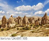 Купить «Love valley in Cappadocia, Turkey», фото № 24697105, снято 20 июня 2016 г. (c) Наталья Волкова / Фотобанк Лори