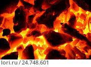 Купить «Фон из горящей угольно древесной смеси», фото № 24748601, снято 8 декабря 2016 г. (c) Игорь Кутателадзе / Фотобанк Лори
