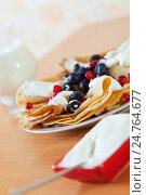 Купить «pancakes with berries and cream», фото № 24764677, снято 8 декабря 2012 г. (c) Яков Филимонов / Фотобанк Лори