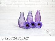 Различные декоративные вазы в студии. Стоковое фото, фотограф Ольга Еремина / Фотобанк Лори