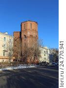 Купить «Старая водонапорная башня зимой, Тюмень», эксклюзивное фото № 24770941, снято 14 декабря 2016 г. (c) Алексей Гусев / Фотобанк Лори