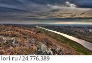 Пейзаж с рекой на закате. Стоковое фото, фотограф Igor Sirbu / Фотобанк Лори