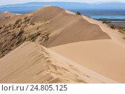 Песчаная дюна. Казахстан, Поющий бархан. Стоковое фото, фотограф Владимир Пойлов / Фотобанк Лори
