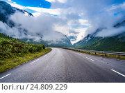 Купить «Road in Norway», фото № 24809229, снято 23 июля 2016 г. (c) Андрей Армягов / Фотобанк Лори