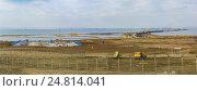 Купить «Панорама строительной площадки моста через Керченский пролив со стороны Таманского полуострова. Январь 2017 года», фото № 24814041, снято 4 января 2017 г. (c) Наталья Гармашева / Фотобанк Лори