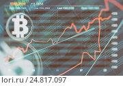 Купить «Bitcoin и график изменения курса», фото № 24817097, снято 21 августа 2018 г. (c) Александр Лычагин / Фотобанк Лори