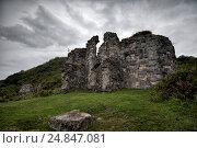 Купить «Развалины древнего Бзыбского храма в Абхазии», фото № 24847081, снято 25 сентября 2016 г. (c) Матвей Солодовников / Фотобанк Лори