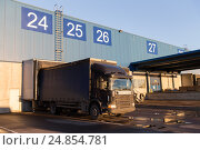 Купить «warehouse gates and truck loading», фото № 24854781, снято 2 декабря 2015 г. (c) Syda Productions / Фотобанк Лори