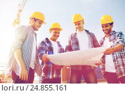 Купить «group of builders with tablet pc and blueprint», фото № 24855161, снято 21 сентября 2014 г. (c) Syda Productions / Фотобанк Лори