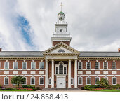 Купить «Erie Insurance Headquarters, H. O. Hirt Building, Erie, Pennsylvania, USA.», фото № 24858413, снято 8 октября 2016 г. (c) age Fotostock / Фотобанк Лори