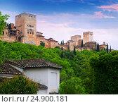 Dawn view of towers of Alhambra. Granada (2016 год). Стоковое фото, фотограф Яков Филимонов / Фотобанк Лори
