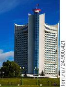 Купить «Belarus hotel in Minsk», фото № 24900421, снято 3 сентября 2016 г. (c) Яков Филимонов / Фотобанк Лори