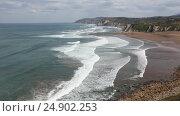 Купить «Beach Azkorri or Gorrondatxe view, Spain.», видеоролик № 24902253, снято 5 января 2017 г. (c) Юрий Брыкайло / Фотобанк Лори