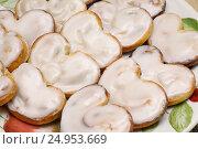 Купить «Домашняя выпечка, берлинское печенье», эксклюзивное фото № 24953669, снято 15 марта 2014 г. (c) Dmitry29 / Фотобанк Лори