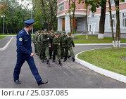 Купить «Московские кадеты», фото № 25037085, снято 1 сентября 2014 г. (c) Free Wind / Фотобанк Лори