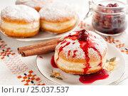 Donuts with cherry jam. Стоковое фото, фотограф Анастасия Богатова / Фотобанк Лори