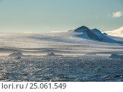 Купить «Huge glaciers on Tabarin Peninsula, Antarctica, Polar Regions», фото № 25061549, снято 1 марта 2016 г. (c) age Fotostock / Фотобанк Лори