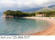 Купить «Вид на Королевский пляж в окрестностях города Будва, Черногория», эксклюзивное фото № 25066517, снято 12 апреля 2016 г. (c) Артём Крылов / Фотобанк Лори