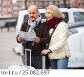 Купить «Senior couple with map and luggage», фото № 25082697, снято 13 июля 2020 г. (c) Яков Филимонов / Фотобанк Лори