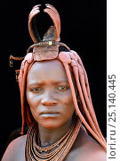 Купить «Portrait of Himba woman with traditional hair style, Kaokoland, Namibia October 2015», фото № 25140445, снято 26 мая 2019 г. (c) Nature Picture Library / Фотобанк Лори