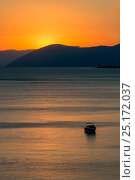 Купить «Sunset reflected on the surface of the Aegean Sea on a calm day with a speedboat, Evia Island, Greece. July 2014.», фото № 25172037, снято 15 августа 2018 г. (c) Nature Picture Library / Фотобанк Лори