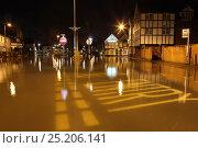 Купить «Flooded town of Datchet at night during February 2014 flooding, Berkshire, England, UK, 11th Februay 2014.», фото № 25206141, снято 19 октября 2019 г. (c) Nature Picture Library / Фотобанк Лори