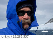 Купить «Dr Robert (Bob) Pitman, scientific advisor from US National Marine Fisheries Service, Antarctica. Taken on location for BBC Frozen Planet series, January 2009», фото № 25285337, снято 13 декабря 2017 г. (c) Nature Picture Library / Фотобанк Лори