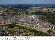 Купить «Aerial view across the medieval town of Dinan. Côtes d'Armor, Brittany, France, 2010.», фото № 25333733, снято 18 февраля 2018 г. (c) Nature Picture Library / Фотобанк Лори