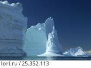 Купить «Spectacular iceberg, Fournier Bay, Antarctica (non-ex)», фото № 25352113, снято 19 июля 2018 г. (c) Nature Picture Library / Фотобанк Лори