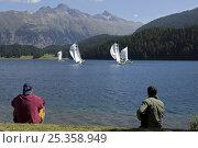 Купить «Spectators watching the St Moritz Match Race, part of the 2009 ISAF World Match Racing Tour. Switzerland, September 2009.», фото № 25358949, снято 23 марта 2019 г. (c) Nature Picture Library / Фотобанк Лори
