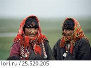 Купить «Tibetan women Zaduo, Qinghai, China.», фото № 25520205, снято 21 августа 2018 г. (c) Nature Picture Library / Фотобанк Лори