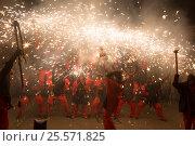 fireworks at fiesta de sant antonio (2016 год). Редакционное фото, фотограф Яков Филимонов / Фотобанк Лори