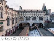 Купить «Ж/Д вокзал Владивосток», фото № 25577705, снято 18 января 2017 г. (c) Александр Овчинников / Фотобанк Лори