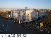 Купить «Здание Тульской  областной филармонии», фото № 25598921, снято 1 июля 2020 г. (c) Виктор Зиновьев / Фотобанк Лори