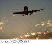 Самолет в небе. Стоковое фото, фотограф Ирина / Фотобанк Лори