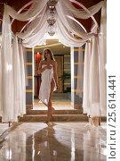 Купить «Gorgeous longhaired blonde wrapped in white towel», фото № 25614441, снято 13 декабря 2016 г. (c) Гурьянов Андрей / Фотобанк Лори