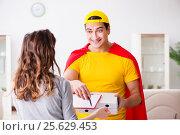 Купить «Superhero pizza delivery guy with red cover», фото № 25629453, снято 23 декабря 2016 г. (c) Elnur / Фотобанк Лори