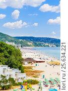 Купить «Отдых на Черном море. Курорт Албена, Болгария», фото № 25634221, снято 21 июля 2016 г. (c) Николай Коржов / Фотобанк Лори