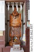 Купить «Статуя божества Эбису в святилище Оиси, город Ако, Япония», фото № 25662897, снято 18 июля 2016 г. (c) Иван Марчук / Фотобанк Лори
